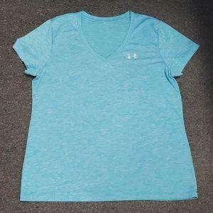 💗 NWOT Women's Under Armour T-shirt size L